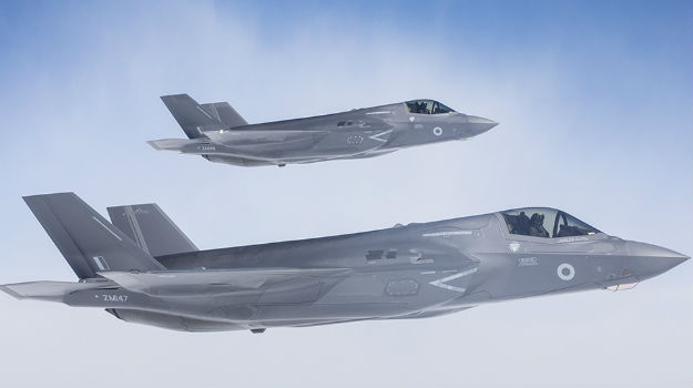 First batch of F-35s arrive in UK two months early